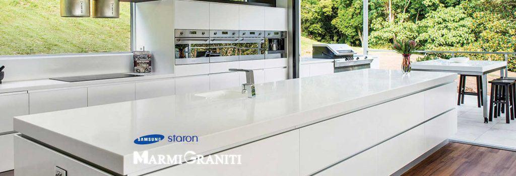 Ομογενείς Επιφάνειες Κουζίνας Staron by Samsung Marmi Graniti